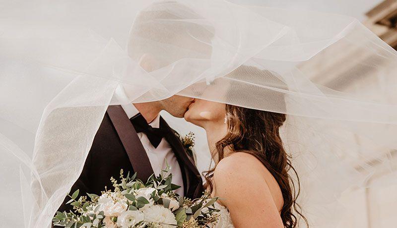 errores-de-belleza-que-debes-evitar-en-tu-boda-1